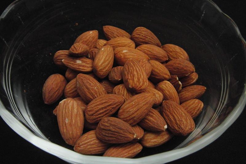 almond005