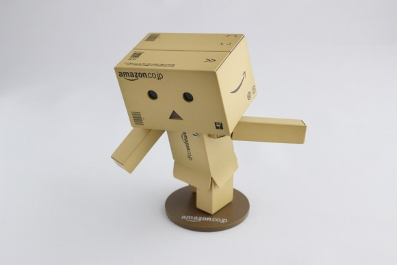 revoltech-danbo-mini-amazon10